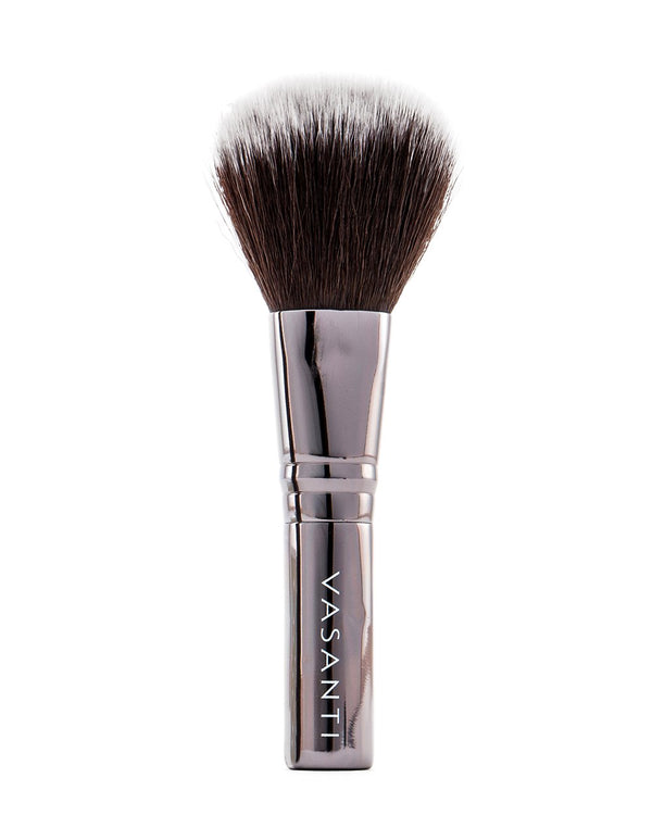 Vasanti Stubby Blush Brush 301 - Full size front shot