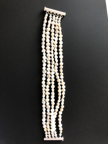 5 STRANDS OF FRESHWATER PEARLS