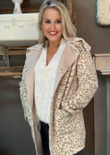 Load image into Gallery viewer, Davi & Dani Cream Leopard Jacket Reversible