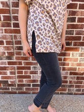 Load image into Gallery viewer, First Love Crew Neck Leopard Top