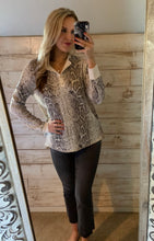 Load image into Gallery viewer, Cherish Snake Henley Top