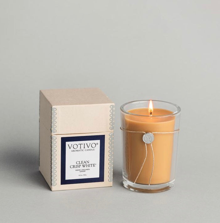Votivo Clean Crisp White 16.2 oz Candle