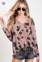 Load image into Gallery viewer, BIBI Leopard Slub Top V-neck