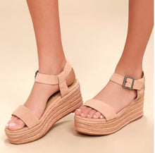 Load image into Gallery viewer, Matisse Amuse Blush Wedges