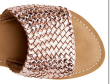Load image into Gallery viewer, Coconuts Zuma Rose Gold Sandal