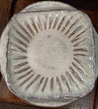 Load image into Gallery viewer, Etta B Whit Salad Plate Pearl