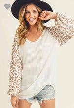 Load image into Gallery viewer, First Love White Balloon Sleeve Leopard Top