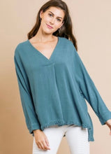 Load image into Gallery viewer, Umgee V Neck Frayed Hem Top