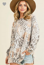 Load image into Gallery viewer, First Love Leopard Peach Sweater