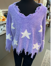 Load image into Gallery viewer, Oddi Plus Lavender Star Frayed Sweater
