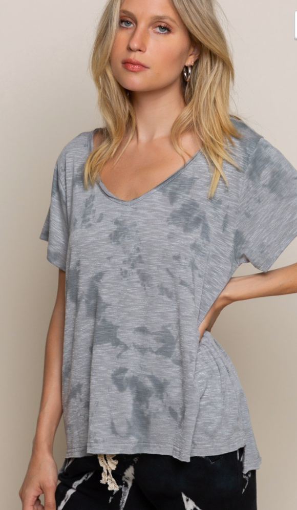 POL Nightdrop Gray Dyed V Neck Top