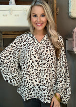 Load image into Gallery viewer, Mary Square Alyssa V-Neck w Balloon Sleeve Cream Leopard