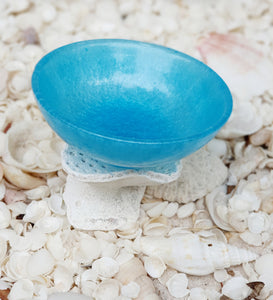 Resin trinket bowls are great for the beach home décor.  Resin bowl, resin fruit bowl, resin beach bowl, resin trinket bowl, resin blue bowl, resin blue and white bowl, resin beach bowl, beach decor and style, beach house, beach home decor, sea home decor, beach inspired decor,  beach inspired resin art, beach resin art, beach life style,  ocean art, ocean decor, ocean beach, ocean treasures, Ocean reef resin art gift ware, Ocean Inspired Resin Artwork, wedding gifts, birthday gifts,