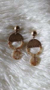 """JASMIN"" CREAM/ GOLD EARRINGS"