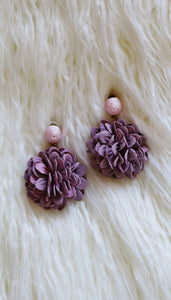 """FANTAZY"" EARRINGS - LILAC"