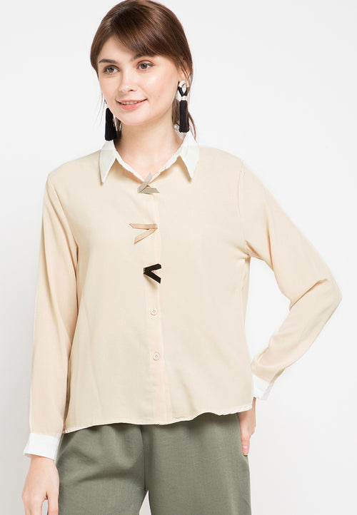 Mineola Plain Collar Shirt Blouse Cream
