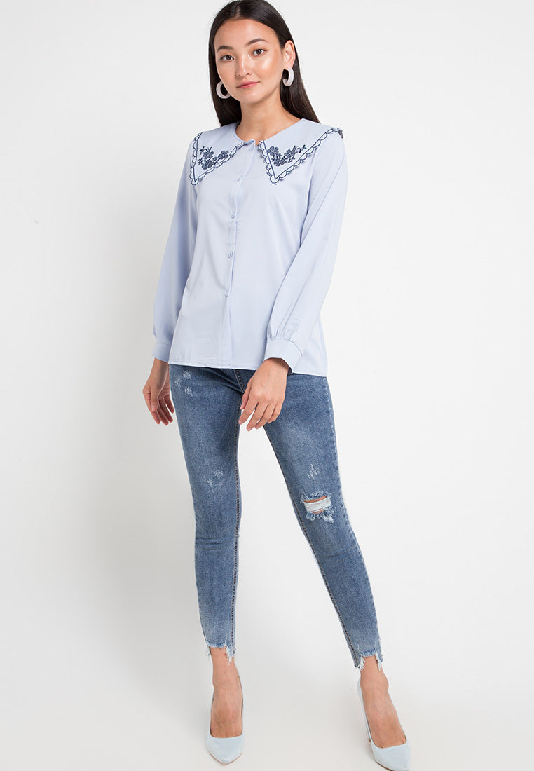 Mineola Contrast Trim V-Neck Blouse Blue