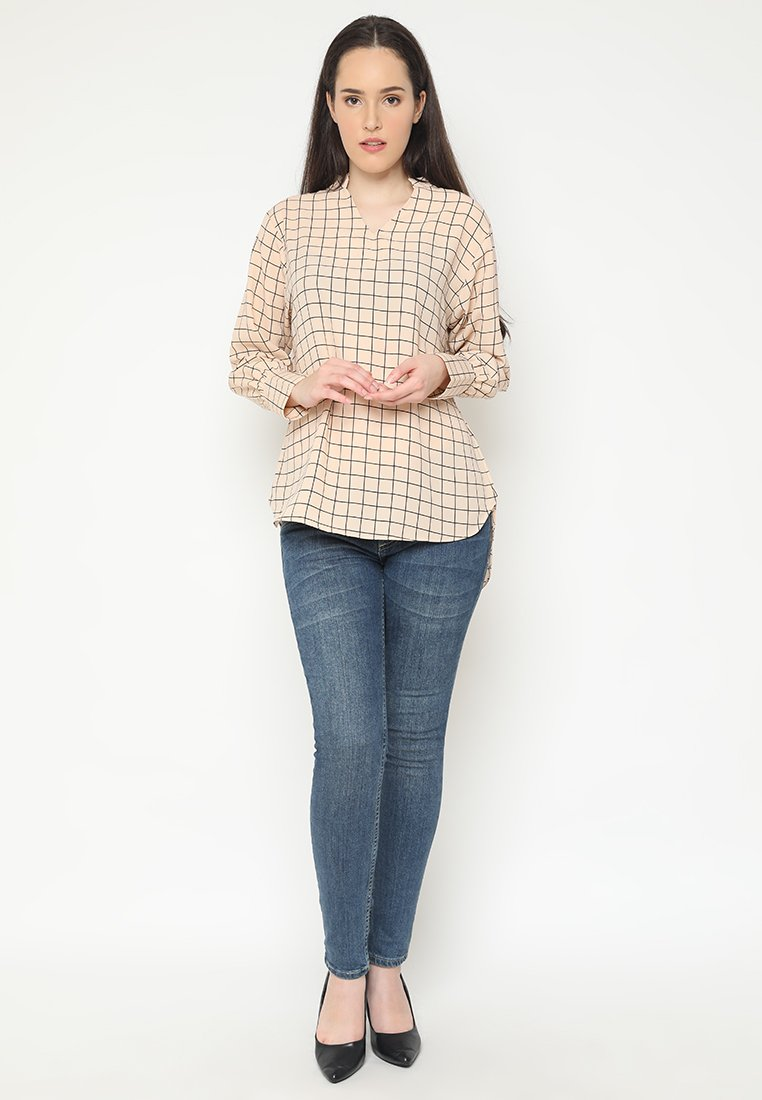 Mineola Checkered V-Neck Blouse - Cream