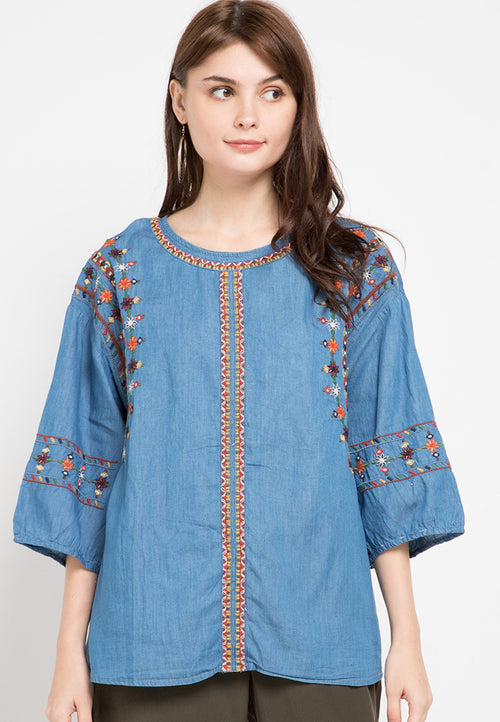 Mineola Embroidered Denim Top Light Blue