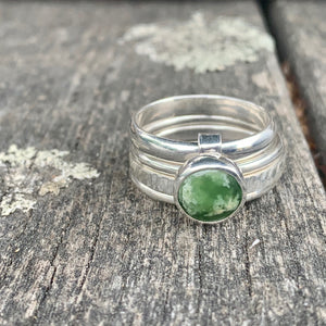 Marsden Flower New Zealand Greenstone Unity Spinner Ring, Rowena Watson Designs