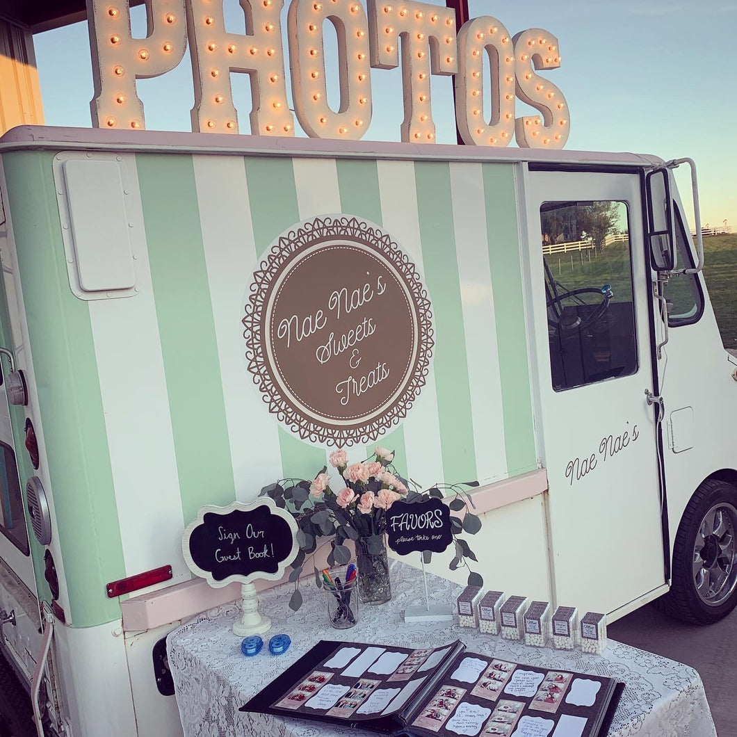 Vintage Ice Cream Truck Photobooth