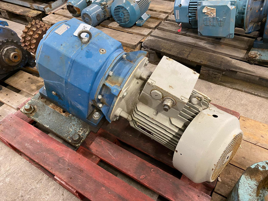 Electric motor with reducer 11 kW - Swedabo