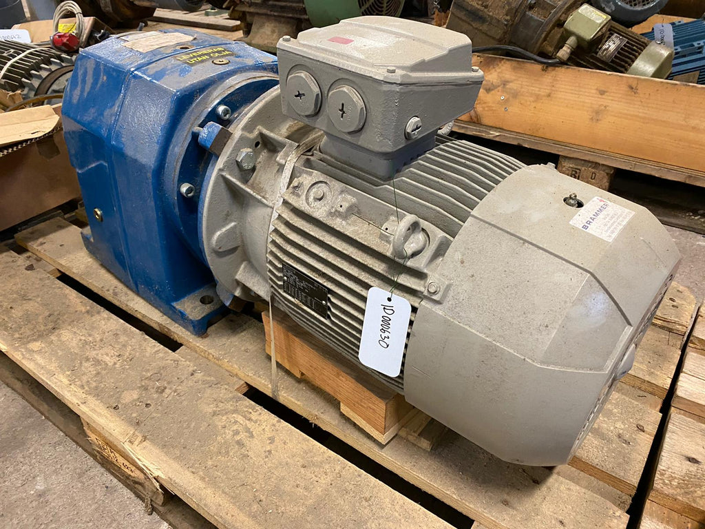 NEW Electric motor with reducer 11 kW - Swedabo