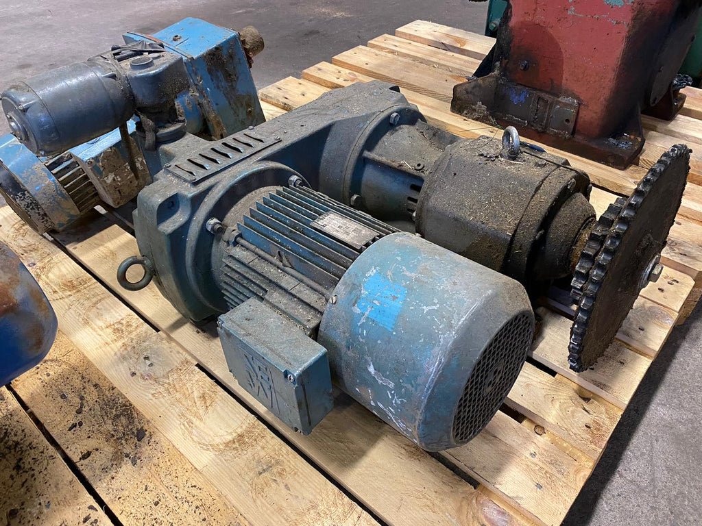 Electric motor with reducer 4 kW - Swedabo