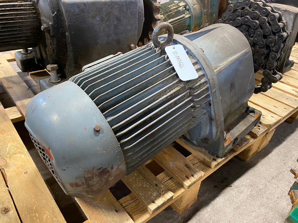 Electric motor with reducer 7,5 kW - Swedabo