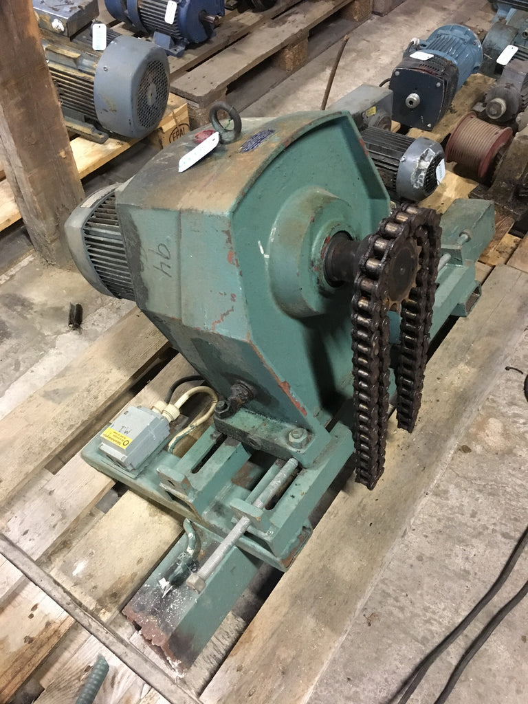 Used electric motor with reducer 1,5 kW 910 rpm - Swedabo