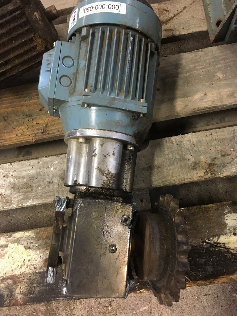 Used electric motor with reducer 1,3 kW  1400 rpm - Swedabo