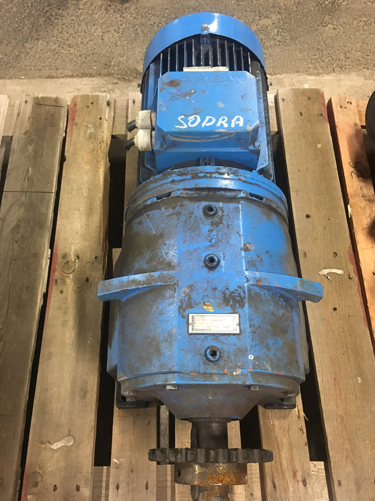 Used electric motor with reducer 7,5-5,5 kW 1455-960 rpm - Swedabo