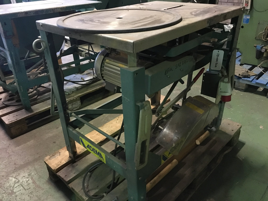 Used circular saw with moving saw blade - Swedabo