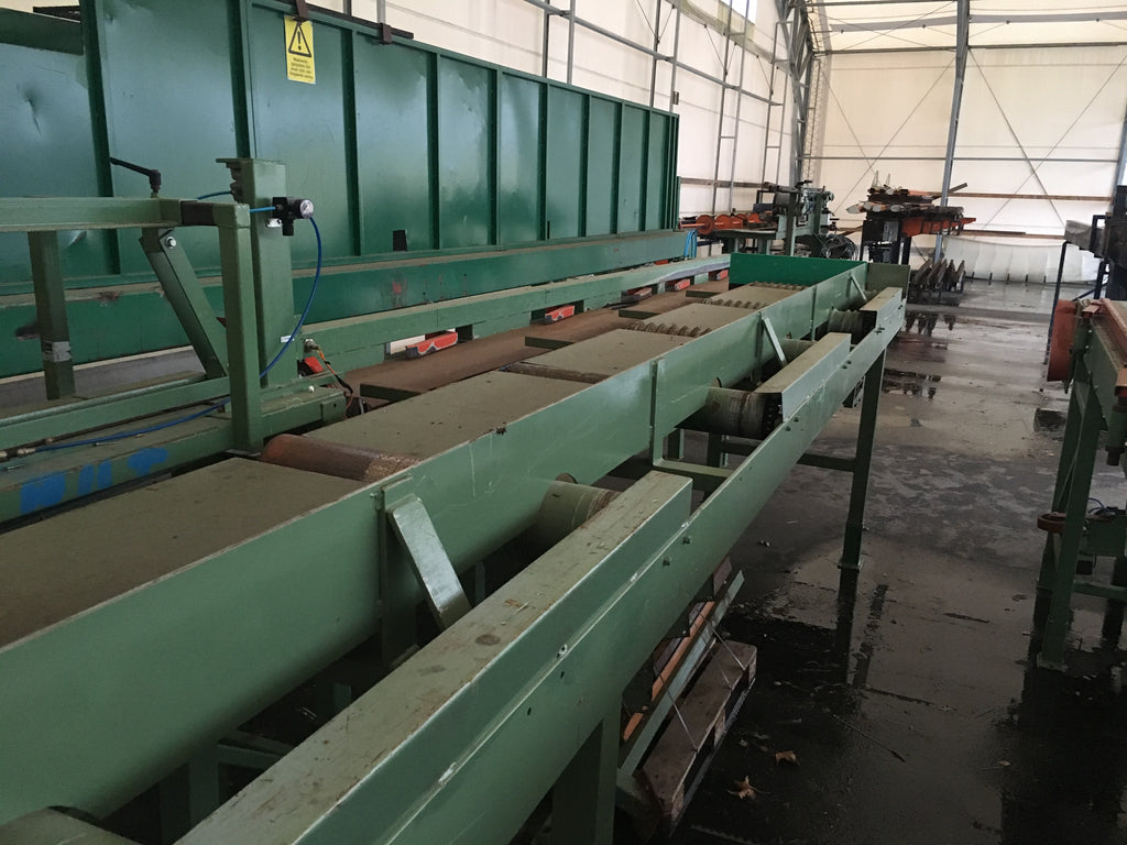 Roller conveyor with screw type roller - Swedabo