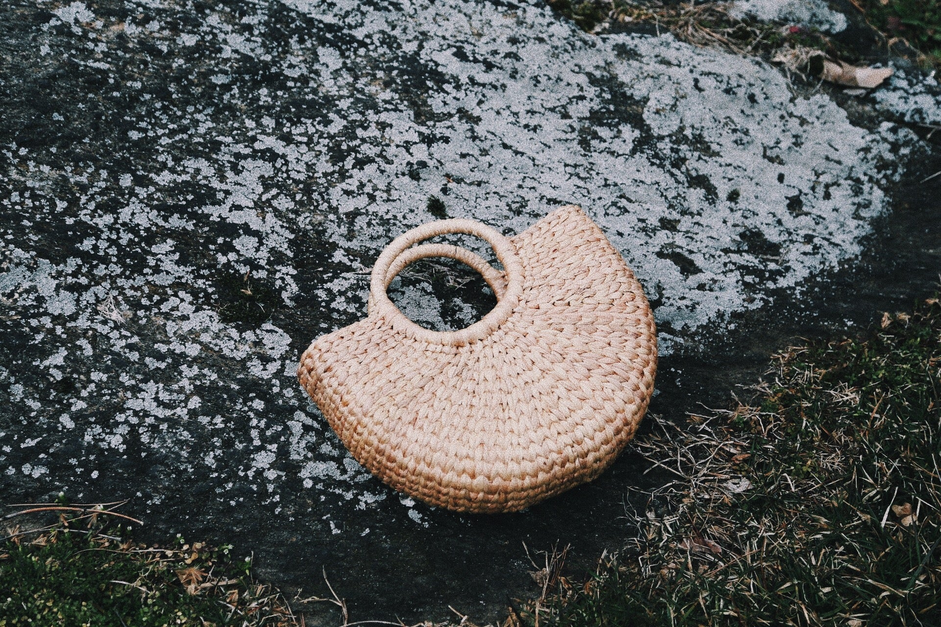 Half Round Woven Hyacinth Bag - Small