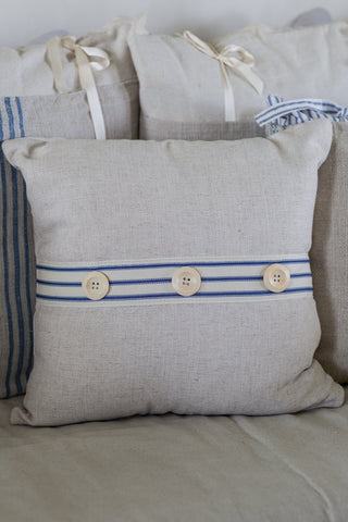 products/button-pillow-2.jpg