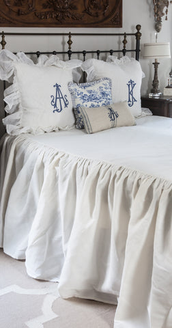 products/long_drop_bedspread-1.jpg