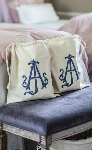 products/monogram-bags-1.jpg