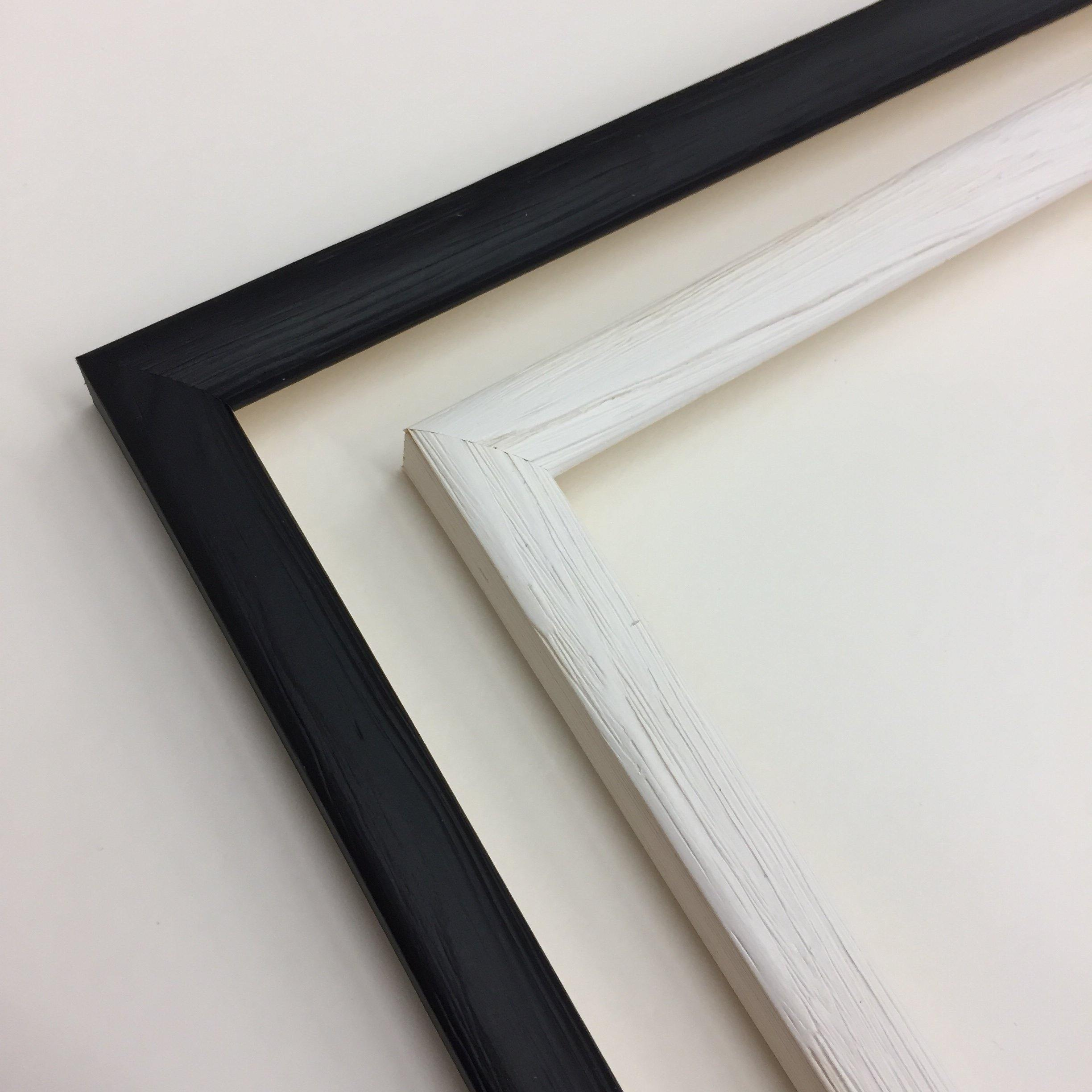Picture frame for a2 print