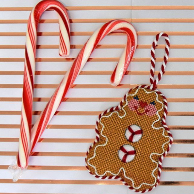 BB 0714 - Gingerbread Man - Peppermint Buttons