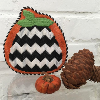 BB 0555 - Pumpkin - Black & White Chevron