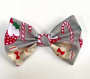 Christmas Goodies Bow Tie