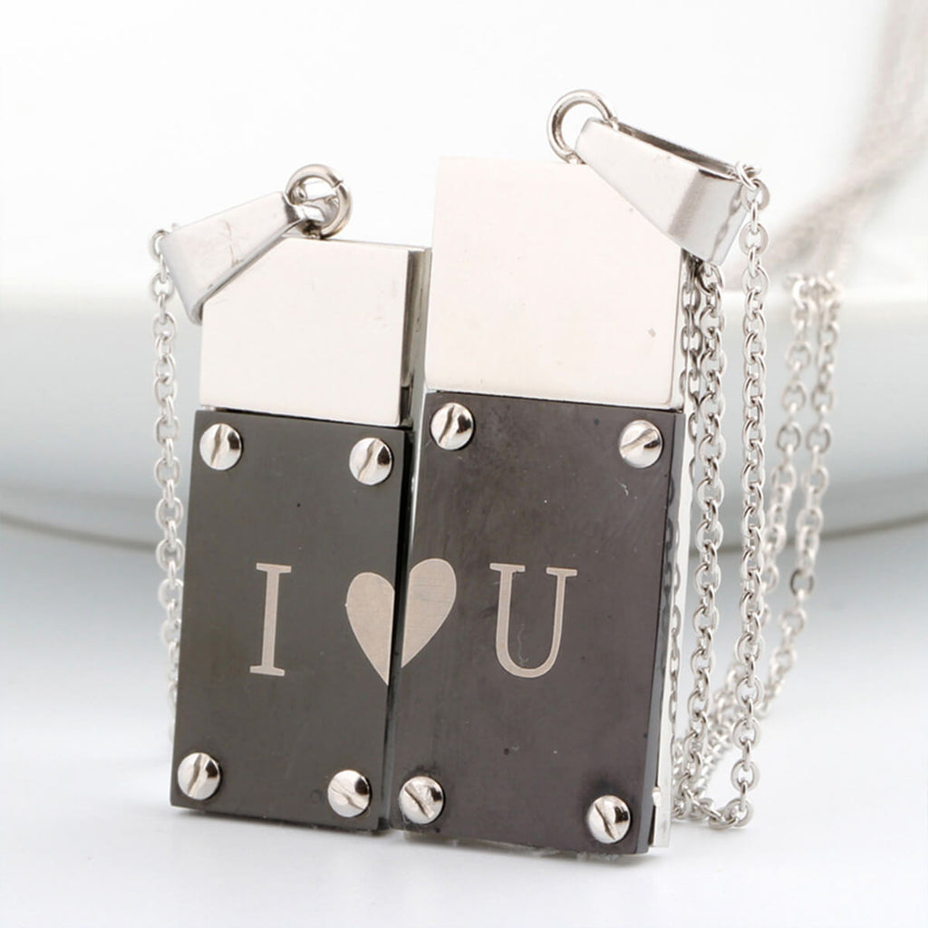 Couple's Promise Titanium Steel Necklace - Elizabeth - Pinklouds