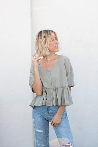 Breezy Babe Top in Dusty Green