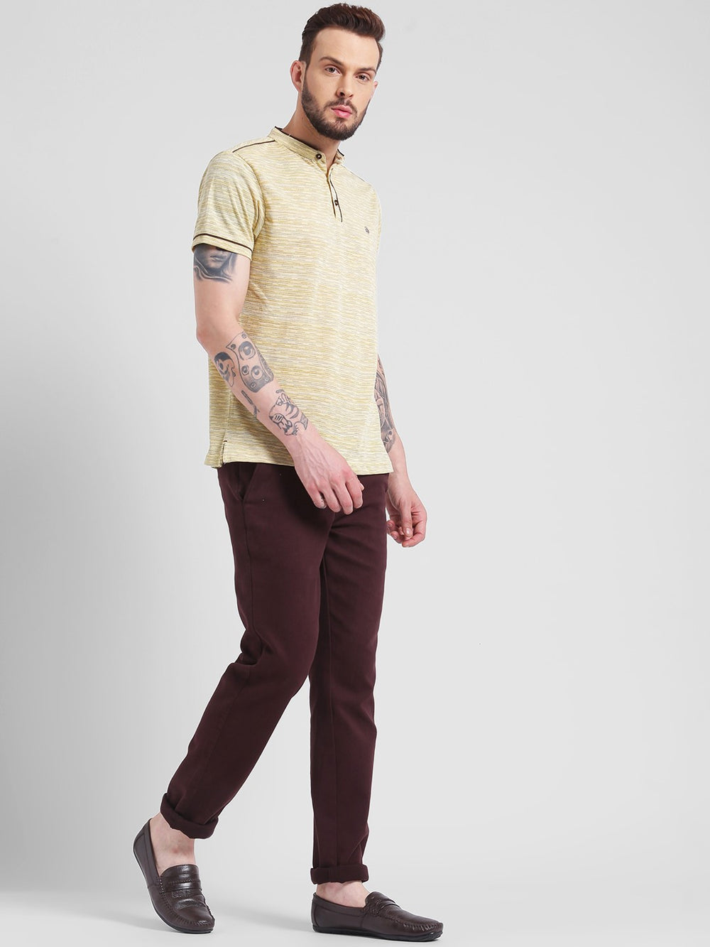 cobb yellow mandarin neck t-shirt