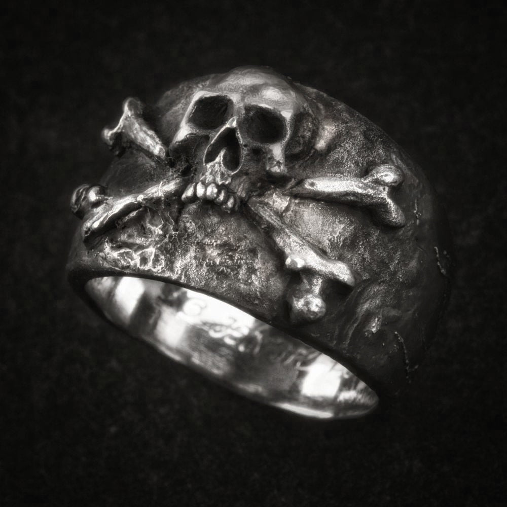Crossbones Pirate Skull Ring
