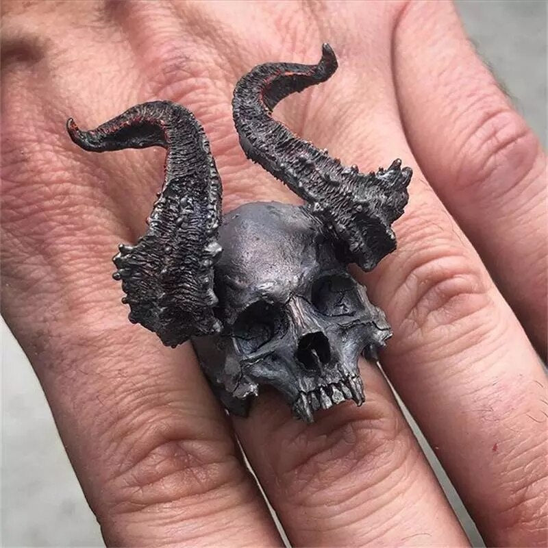 Black Horned Devil Skull