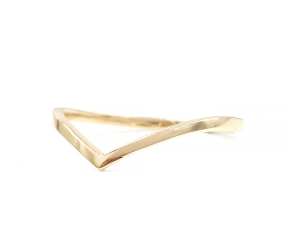 Smooth Emma Chevron Ring