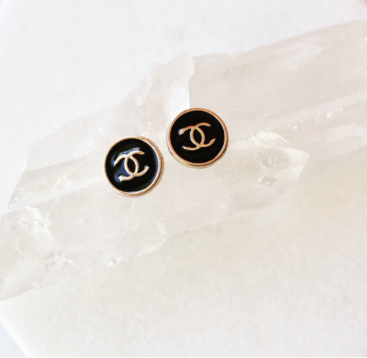 Studs 90's Chanel Buttons