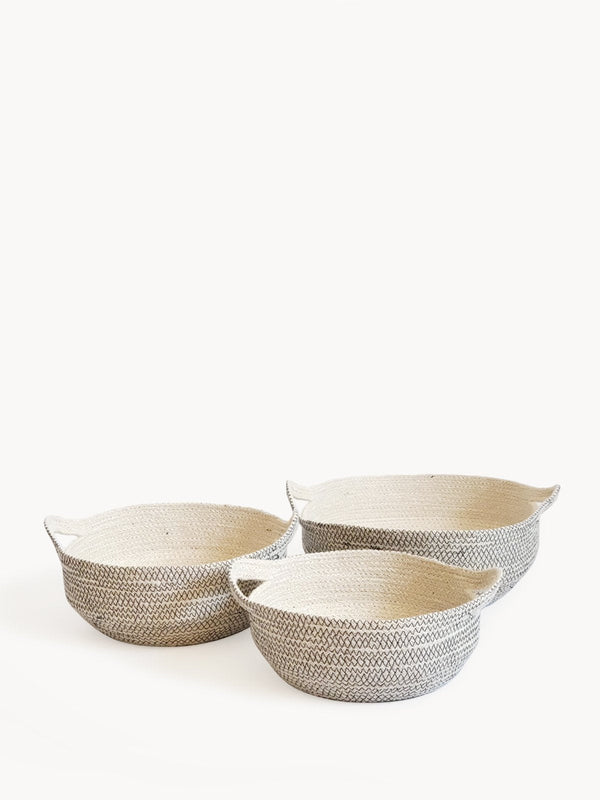 Amari Fruit Bowl - Black - ourCommonplace